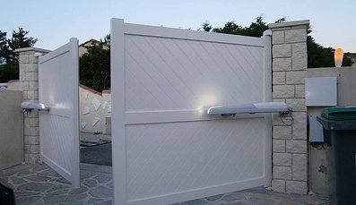 portail electrique installing a garage door. Black Bedroom Furniture Sets. Home Design Ideas